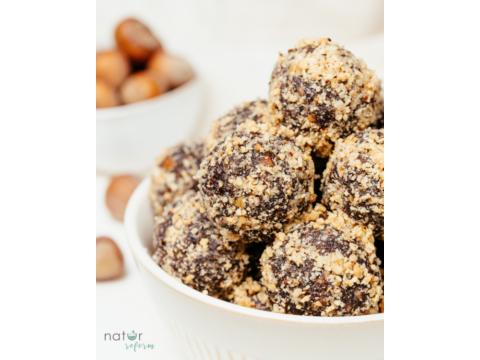 Nutella ízű energiagolyó (vegán, hozzáadott cukormentes)
